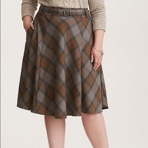 """Torrid """"Outlander"""" skirt NWT"""